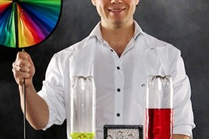 «Научное шоу профессора Николя»: Бизнес на червяках, сухом льду и химических опытах