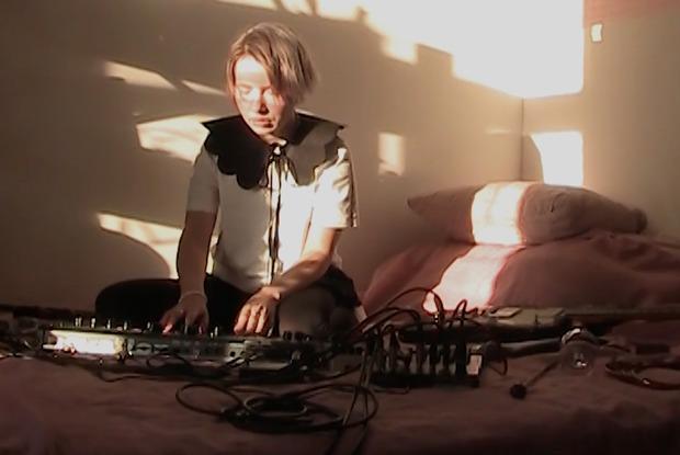 Фильм «Адрес доставки»— альманах музыкальных пьес Kate NV, «Интуриста» и«Пасош»