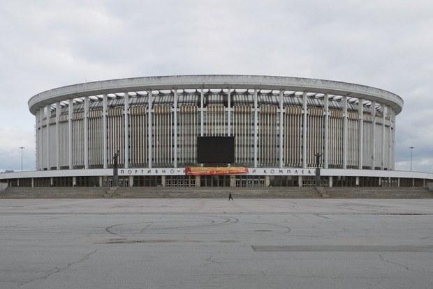 «Cимвол эпохи»: Петербуржцы — о возможном сносе СКК
