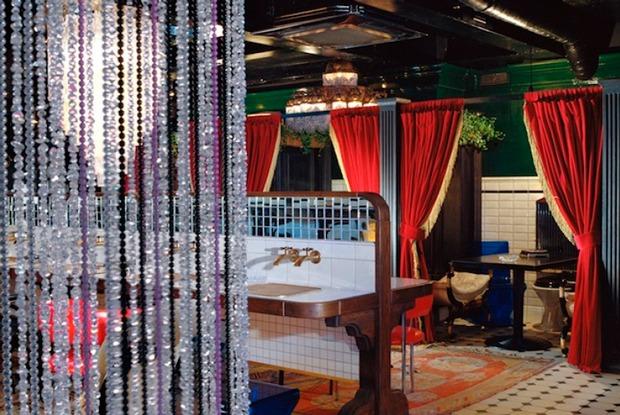 «Унас нет таких денег»: Арт-директор «Симачева»— озакрытии бара