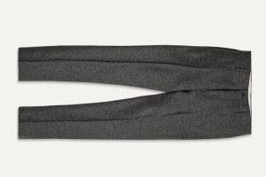 Где купить мужские брюки: 9вариантов от1800 до22500рублей