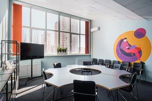 Как выглядит офис STM labs: турниры по кикеру, IT-процессы в вакууме и катание на самокатах