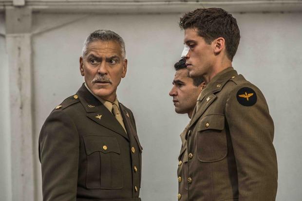 «Уловка-22»: Старомодная военная сатира Джорджа Клуни поДжозефу Хеллеру