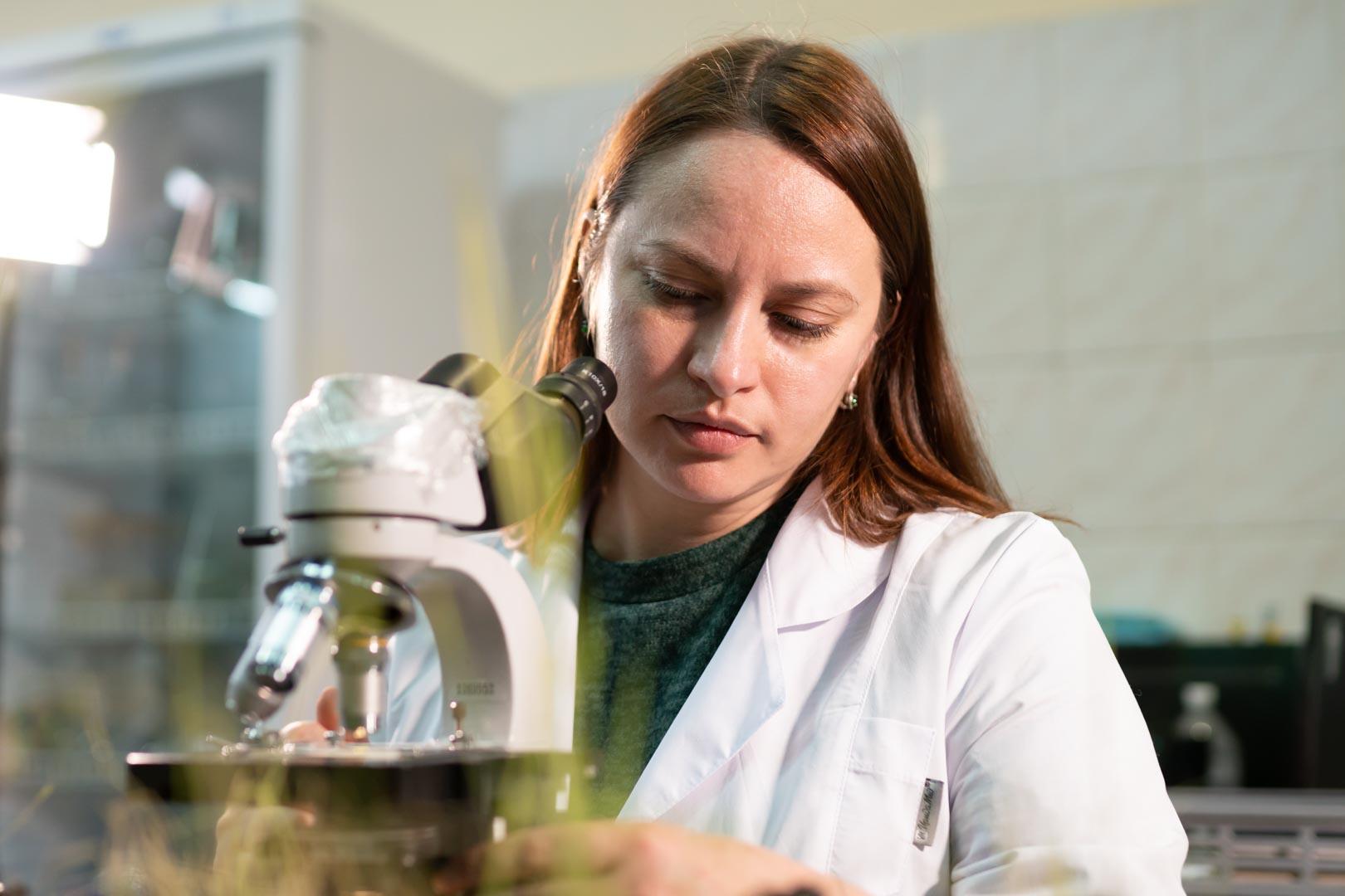 Очистка Байкала растениями и образцовый экодом