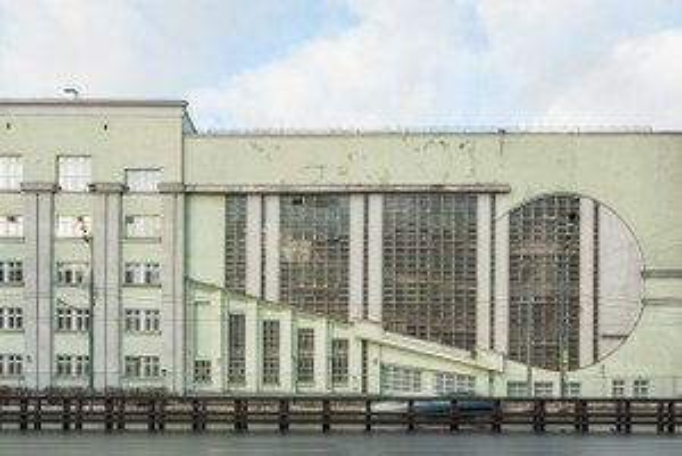 Архитектор Михаил Князев — осамых необычных автомобильных гаражах Москвы