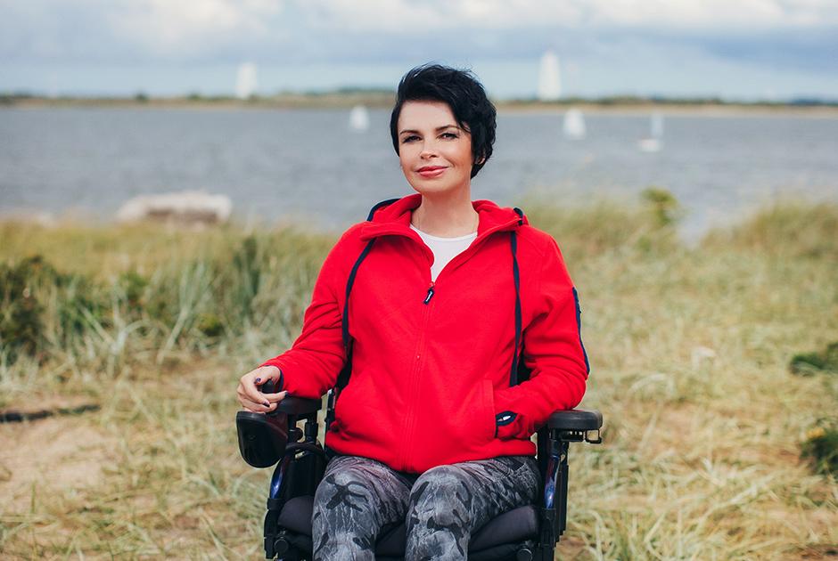 «Яобъездила весь мир винвалидной коляске итеперь помогаю другим»