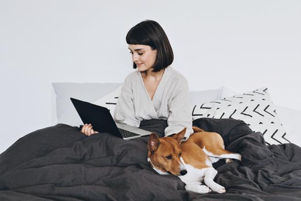 Как себя вести во время видеозвонков: 9 правил общения сколлегами