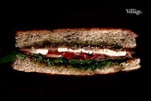 Составные части: Вегетарианский сэндвич из кафе Starики bar