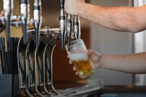 11 баров с крафтовым пивом