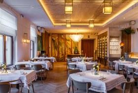 Ресторан Niki вкинотеатре «Художественный»: Россия безкатастроф XXвека