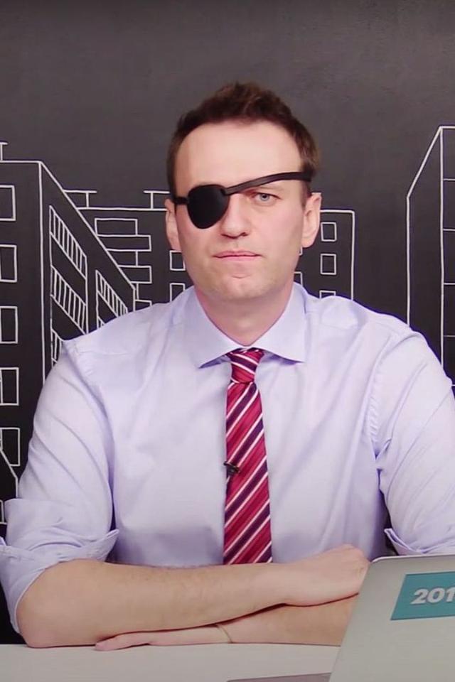 Навальный объявил голодовку, вколонии угрожают кормить его принудительно. Его соратники: онпохудел на15килограммов