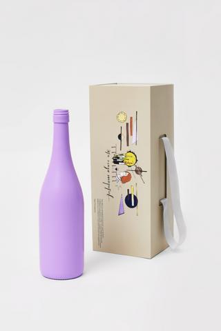 Павел Пепперштейн создал иллюстрации для подарочной упаковки винного клуба Simple Wine