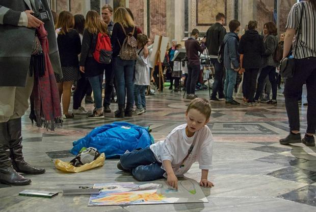 Соборы как общественное пространство — 8 мировых примеров