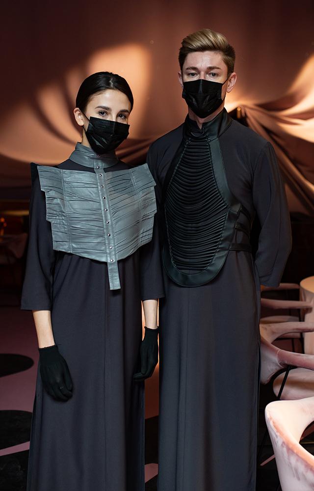 Кто ивочто одевает московских официантов