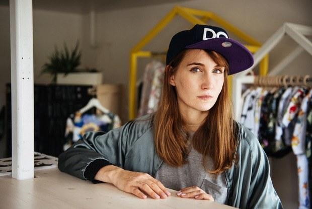 «Мне очень помогает то, что я социофоб»: Дизайнер Карина Кино—о бизнесе, творчестве иматеринстве