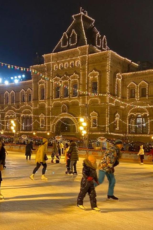 В Москве закрылся ГУМ-каток