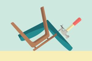 Своими руками: Обновить обивку старого кресла