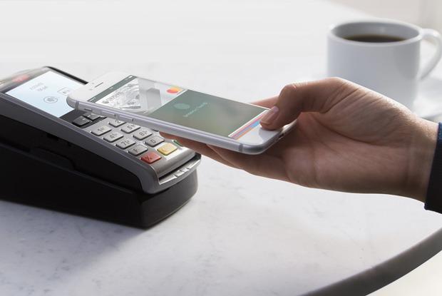 Я попробовала расплачиваться телефоном иразлюбила кредитки