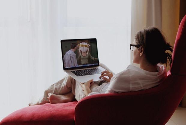 Смотреть фильмы исериалы воригинале