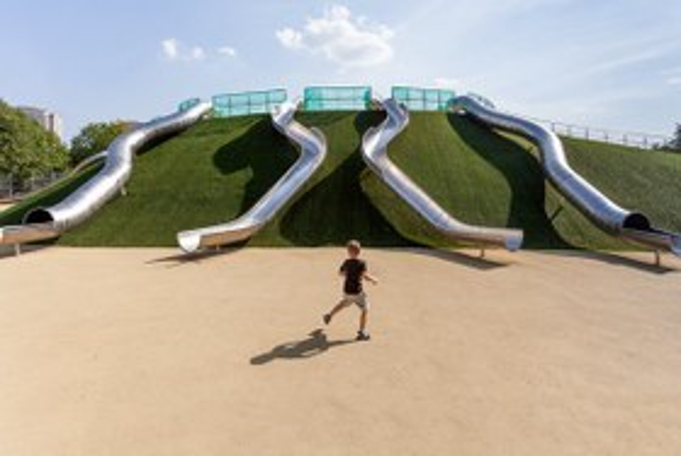 Как выглядят классные детские площадки вМоскве