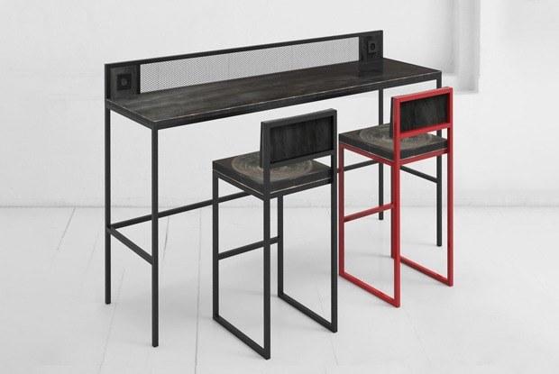 Подделки стульев Archpole собрались поставить вШереметьеве. Что делает бренд?