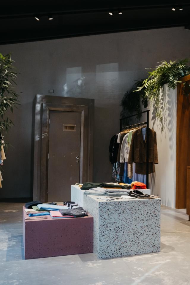 Марка WOS открыла свой первый магазин вМоскве