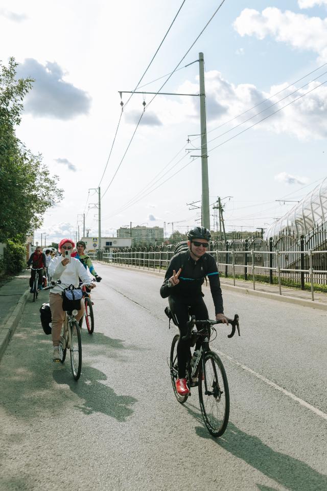 «Стрелка» отправила велосипедистов изМосквы вСанкт-Петербург, чтобы оценить инфраструктуру маршрута